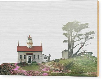 Tides Of Battery Point Lighthouse - Northern Ca Wood Print by Christine Till