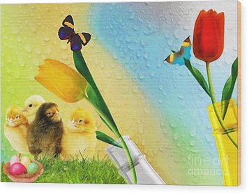Tiptoe Through The Tulips Wood Print by Liane Wright