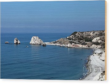 To Aphrodite's Rocks Wood Print by John Rizzuto