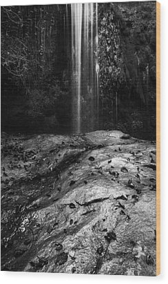 Wood Print featuring the photograph To Fall by Yuri Santin