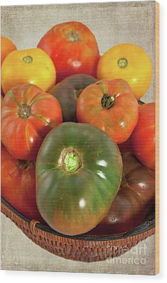 Wood Print featuring the photograph Tomatoes In A Basket by Dan Carmichael