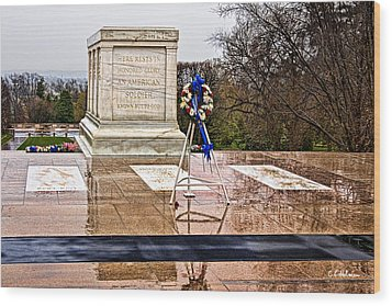 Tomb Of The Unknown Soldiers Wood Print by Christopher Holmes