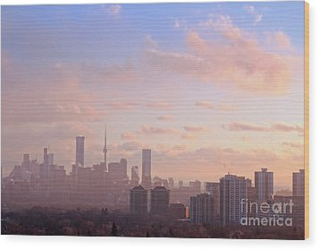 Wood Print featuring the photograph Toronto 2017 Warm Winter Fog by Charline Xia