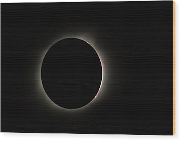 Total Eclipse Solar Flares Wood Print