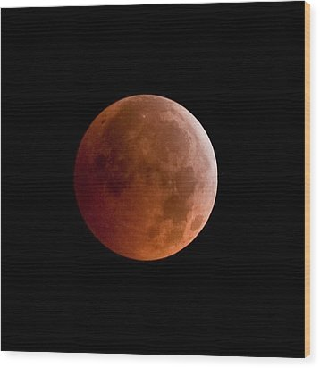 Total Lunar Eclipse Wood Print