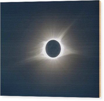 Total Solar Eclipse Hdr Wood Print by Jonathan Sabin
