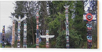 Totem Poles Wood Print by Will Borden
