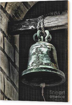 Tower Bell Wood Print by Danuta Bennett