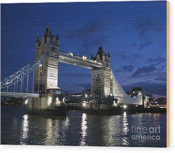 Tower Bridge Wood Print by Amanda Barcon