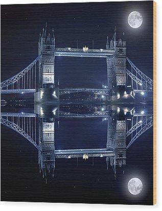 Tower Bridge In London By Night  Wood Print by Jaroslaw Grudzinski