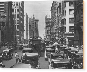 Traffic On Fifth Avenue Wood Print by Underwood Archives