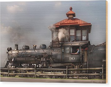 Train - Engine -the Great Western 90 Wood Print by Mike Savad