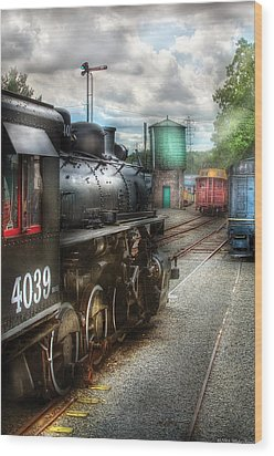 Train - Engine - 4039 - In The Train Yard  Wood Print by Mike Savad