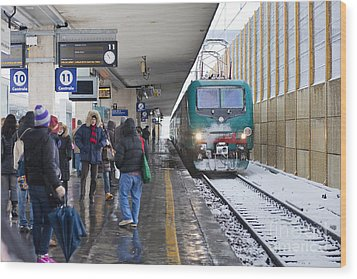 Train Station Under The Snow Wood Print by Andre Goncalves