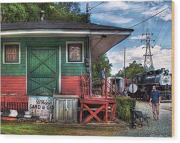 Train - Yard - The Train Station Wood Print by Mike Savad