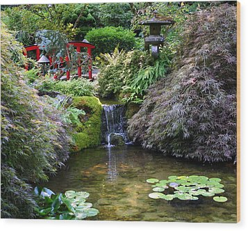 Tranquility In A Japanese Garden Wood Print by Laurel Talabere