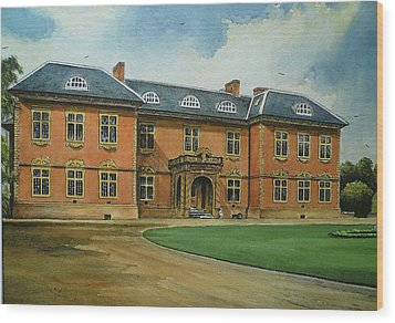 Tredegar House Wood Print by Andrew Read