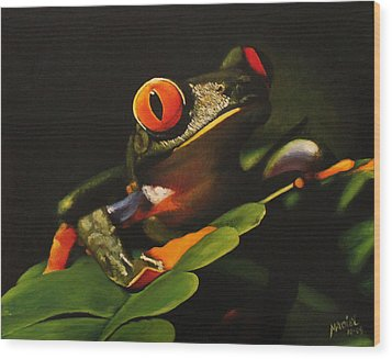 Tree Frog Wood Print by Maciel Cantelmo