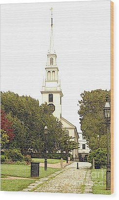 Trinity Church In Newport Ri Wood Print by Diane E Berry