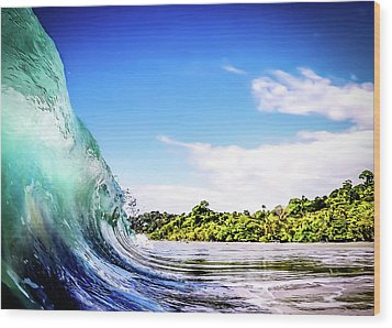 Wood Print featuring the photograph Tropical Wave by Nicklas Gustafsson