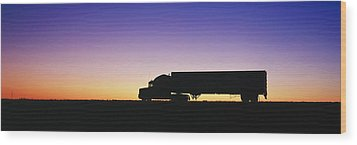 Truck Parked On Freeway At Sunrise Wood Print by Jeremy Woodhouse
