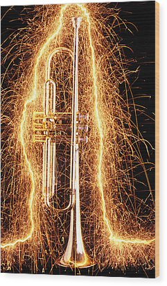 Trumpet Outlined With Sparks Wood Print by Garry Gay