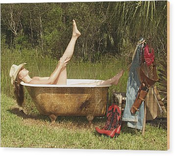 Tub 300 Wood Print by Lucky Cole