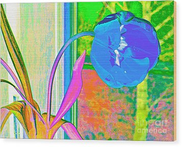 Wood Print featuring the digital art Tulip Dream In The Morning by Loko Suederdiek