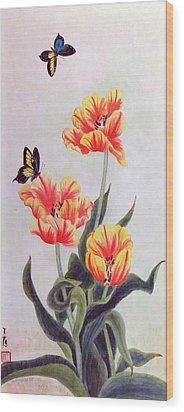 Tulip I Wood Print by Ying Wong
