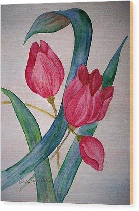 Tulip Tulip Wood Print by Cary Singewald