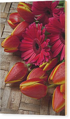 Tulips And Red Daisies  Wood Print by Garry Gay