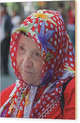 Turkish Day Parade 5 28 11 10 Wood Print by Robert Ullmann