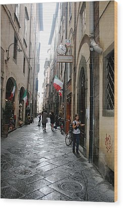 Tuscan Town Of Lucca Wood Print by  K Scott Williamson