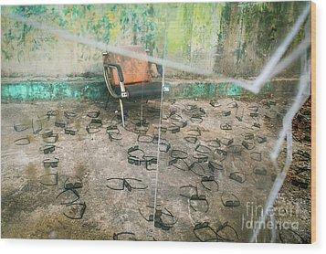 Twenty Twenty Wood Print by Dean Harte