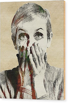 Twiggy Surprised Wood Print by Mihaela Pater