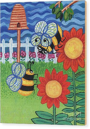 Two Bees With Red Flowers Wood Print