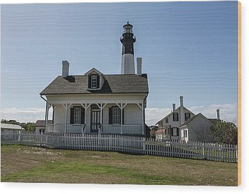 Wood Print featuring the photograph Tybee Island Lighthouse by Kim Hojnacki