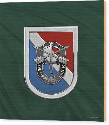 U. S.  Army 11th Special Forces Group - 11 S F G  Beret Flash Over Green Beret Felt Wood Print by Serge Averbukh