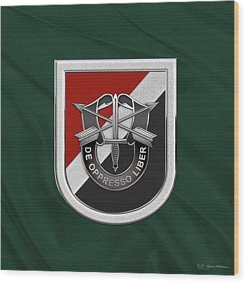 U. S.  Army 6th Special Forces Group - 6th S F G  Beret Flash Over Green Beret Felt Wood Print by Serge Averbukh