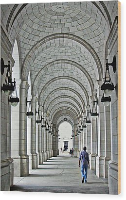 Wood Print featuring the photograph Union Station Exterior Archway by Suzanne Stout