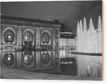 Union Station Reflections Wood Print