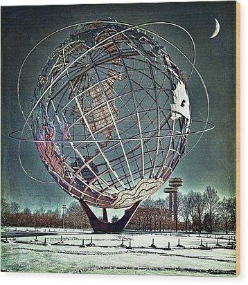 Unisphere Wood Print