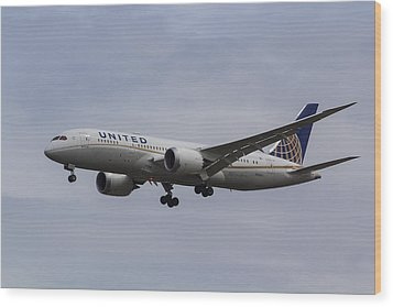 United Airlines Boeing 787 Wood Print