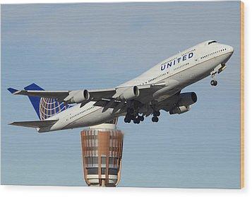 United Boeing 747-422 N128ua Phoenix Sky Harbor January 2 2015 Wood Print by Brian Lockett