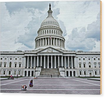 Wood Print featuring the photograph United States Capitol by Suzanne Stout