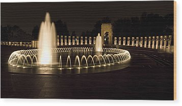 United States National World War II Memorial In Washington Dc Wood Print by Brendan Reals