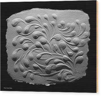 Wood Print featuring the relief Untitle by Suhas Tavkar