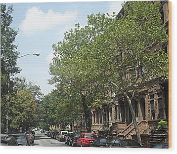 Wood Print featuring the photograph Uptown Ny Street by Vannetta Ferguson