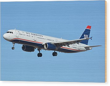 Us Airways Airbus A321-231 N567uw Wood Print by Brian Lockett