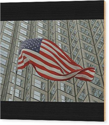 U.s. Fag Wood Print by Elido Turco Photographer